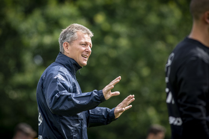 """Heracles-trainer Frank Wormuth: ,,Ploeg moet meerdere spelsystemen kunnen spelen."""""""
