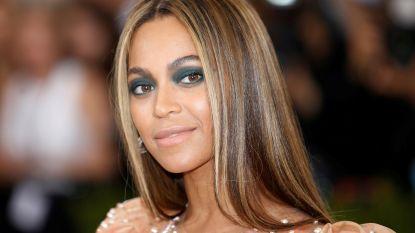 """Vader Beyoncé heeft eigen verklaring voor haar carrière: """"Enkel succesvol omdat ze niet zo donker is'"""""""