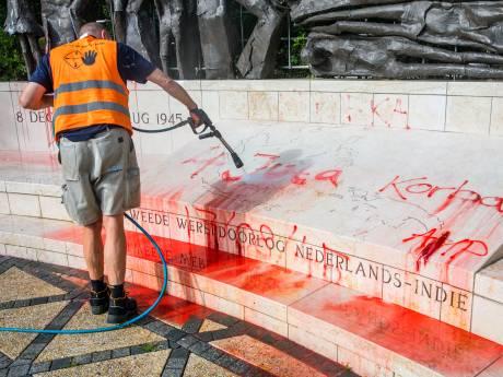 Indisch monument vlak voor Nationale Indiëherdenking beklad: 'Laffe actie'