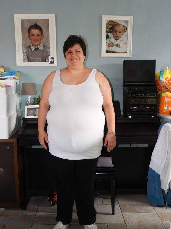 Lobke woog op haar zwaarst 111 kilo.