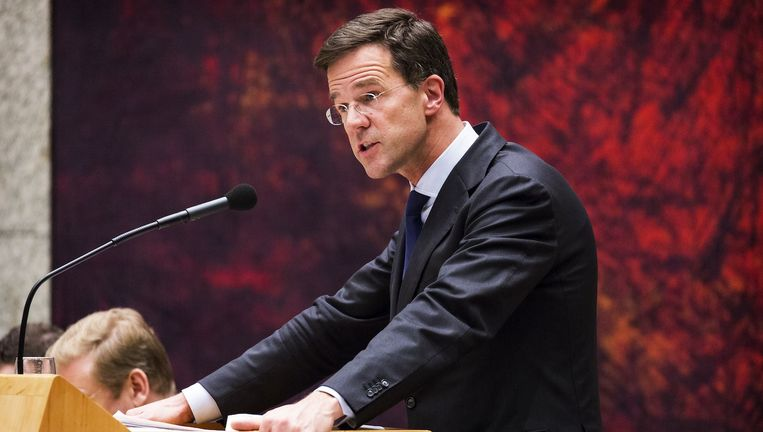 Premier Mark Rutte vindt dat hij meer had moeten doen 'om de onderste steen boven te krijgen' over de Teeven-deal. Beeld anp
