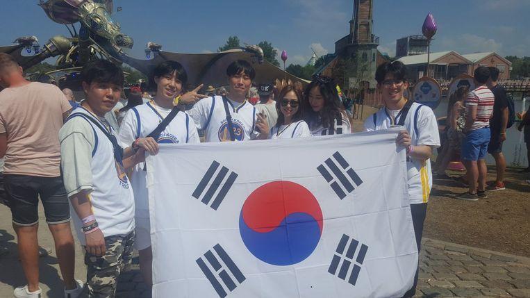 Bruce Shin en zijn Forever Young-crew.