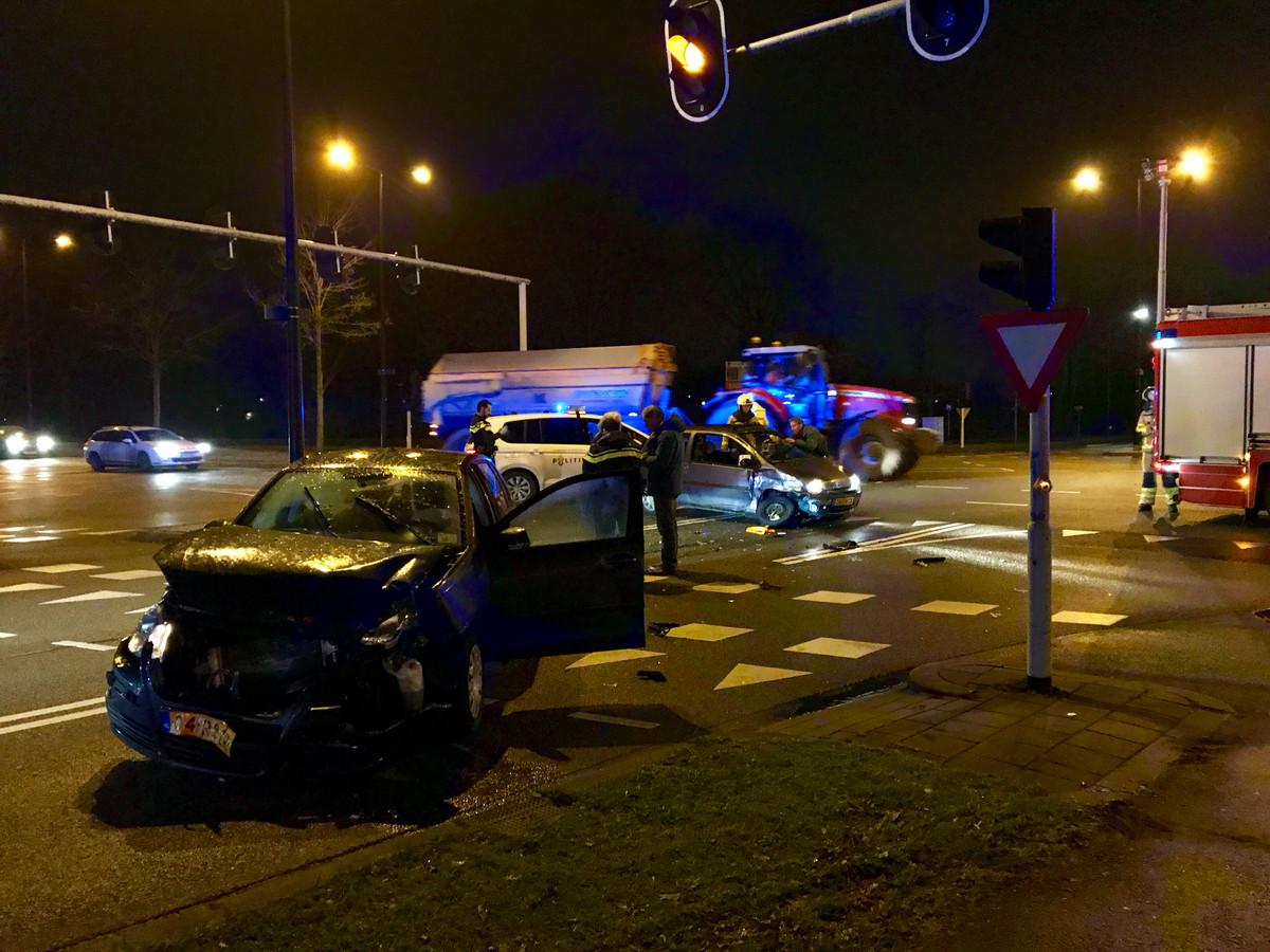 Er was veel schade bij het ongeluk in Apeldoorn.