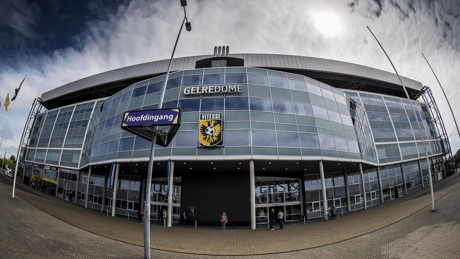 """Vitesse neemt de kwestie hoog op. ,,Dit is ongehoord"""", stelt een woordvoerder desgevraagd."""