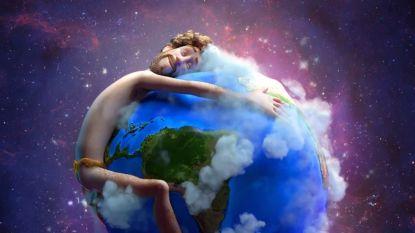 """Ariana Grande, Justin Bieber, Shawn Mendes en Miley Cyrus zingen voor het klimaat: """"Dit is onze planeet"""""""