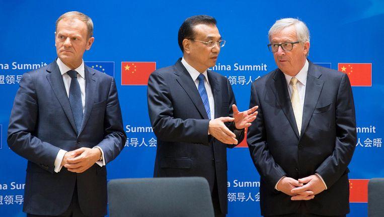 EU-president Donald Tusk, Chinese premier Li Keqiang en Europese Commissievoorzitter Jean-Claude Juncker Beeld epa