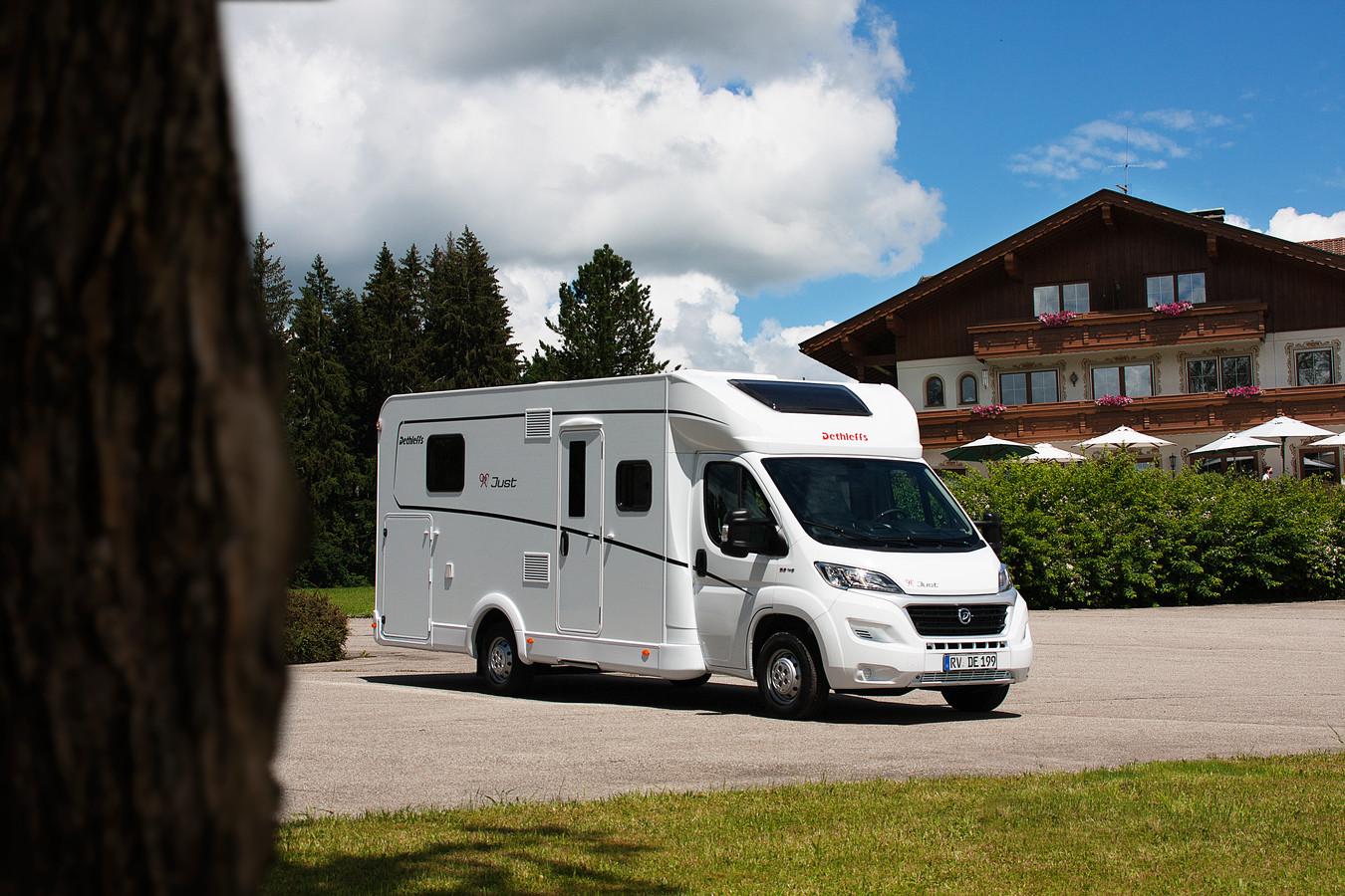 Veel Nederlanders hebben vorige maand een kampeerauto gekocht