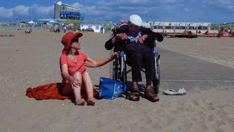 Michaels echtgenoot en documentairemaker Rosemarie Blank zit hem gedurende 80 minuten met haar camera op de huid. Beeld