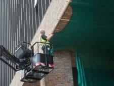 Nog twee weken: polyester net wordt de 'nieuwe stenenvanger' op station Breda