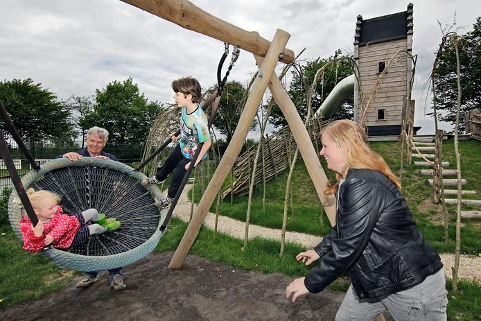 Natuurlijk Spelen Voor Jong én Oud In Megen Oss Bdnl