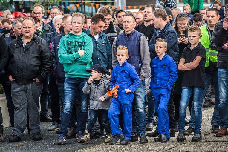 Brabantse boeren protesteerden vrijdag voor het provinciehuis van Den Bosch. Beeld null