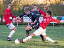 Max Brouwers loodst Terheijden met vier doelpunten naar eerste zege, Waspik wint derby