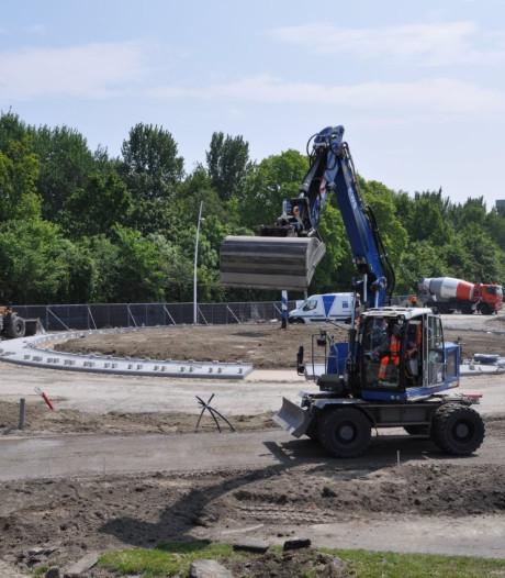 Nieuwe rotonde in Terneuzen verrijst in razend tempo
