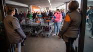 Franse supermarkten geven personeel coronabonus van 1.000 euro