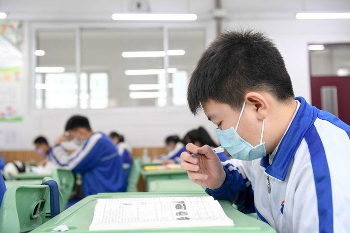 Les élèves ont repris le chemin des cours dans la ville de Changchun, en Chine.