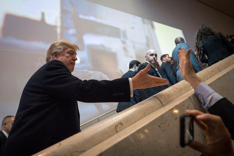 President Trump arriveerde donderdag bij het World Economic Forum in het Zwitserse Davos. Beeld EPA