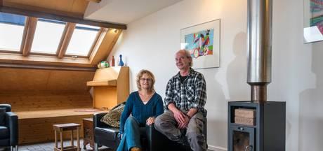 Han en Saskia wonen in een oude steenfabriek: 'We werden voor gek verklaard'