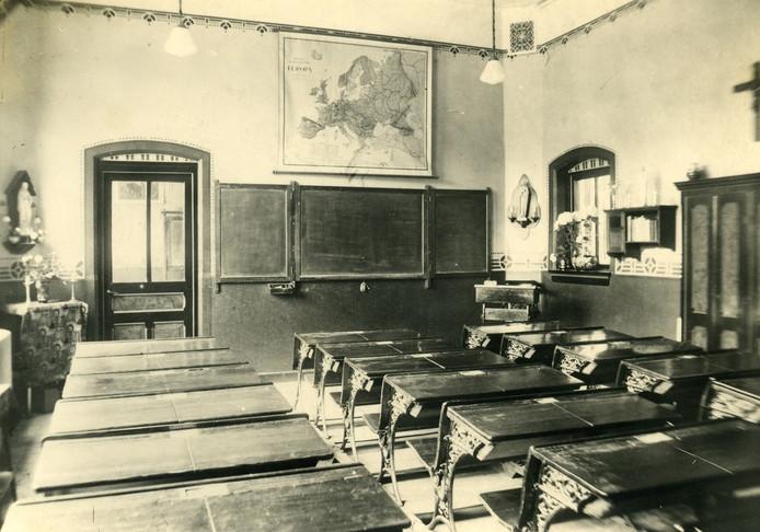 Interieur van klaslokaal Sint Jan.