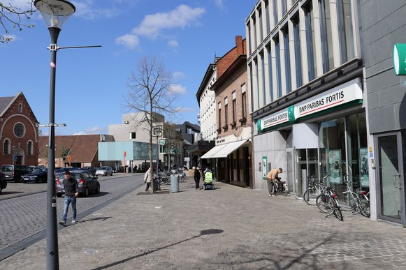 Archieffoto: Eén van de slachtoffers had net geld afgehaald bij BNP Parisbas Fortis op de Grote Markt in Herentals
