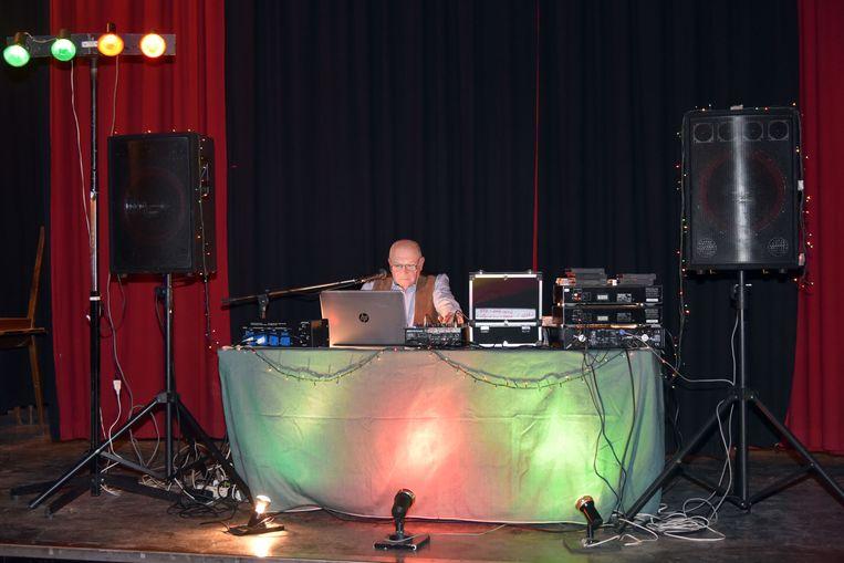 Zaal De Eekhoorn in Hoeilaart Afscheidsfeest met DJ Alex