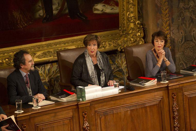 De jury, bestaande uit Lieve Joris, Annemarie Jorritsma en Ludo Permentier tijdens het Groot Dictee der Nederlandse Taal Beeld anp