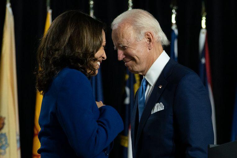 De democratische presidentskandidaat Joe Biden met zijn running mate Kamala Harris. Beeld AP