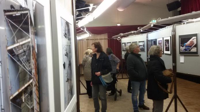 De expositie trok veel bezoekers.