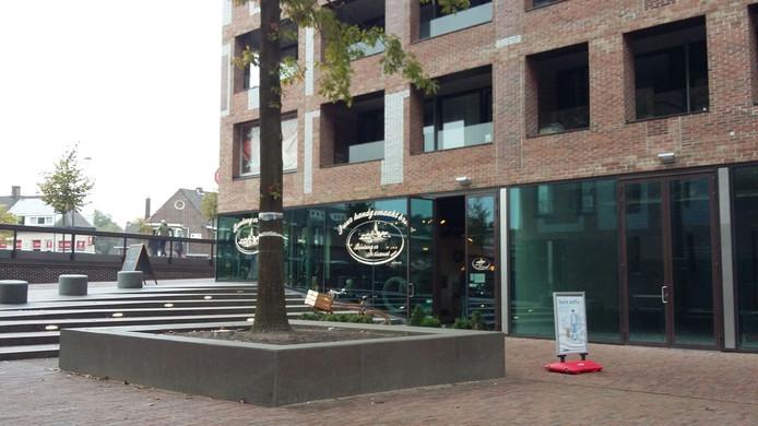 Lege panden bij het station in Breda.