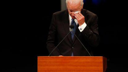 """Emotionele afscheidsspeech: """"Mijn naam is Joe Biden. Ik ben een Democraat. En ik hield van John McCain"""""""
