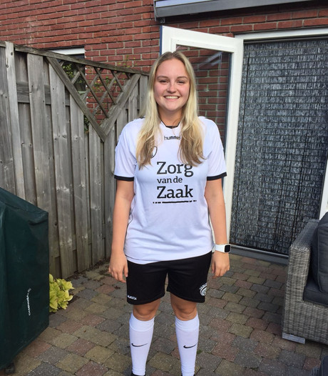Sportallergie bizar? Estèlle (19) raakte bijna in shock op het voetbalveld
