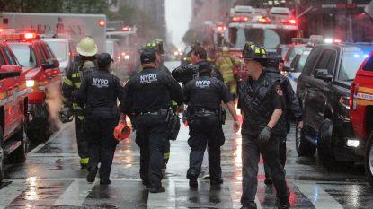 Helikopter maakt harde noodlanding op dak van wolkenkrabber in New York: piloot omgekomen