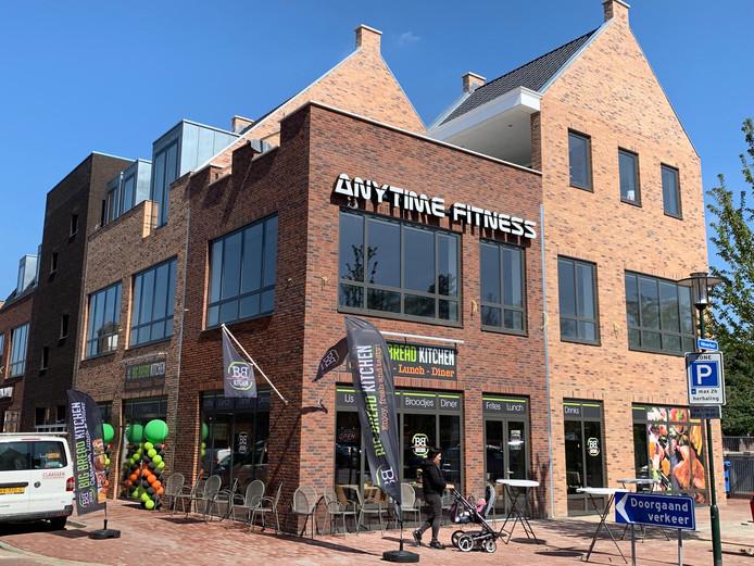 Het nieuwe woon- en winkelcomplex aan de Hilverstraat waarin Anytime Fitness een studio wil openen.