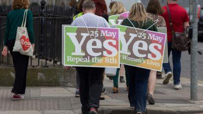 #Hometovote: Duizenden Ieren reizen terug naar Ierland om te stemmen in abortusreferendum