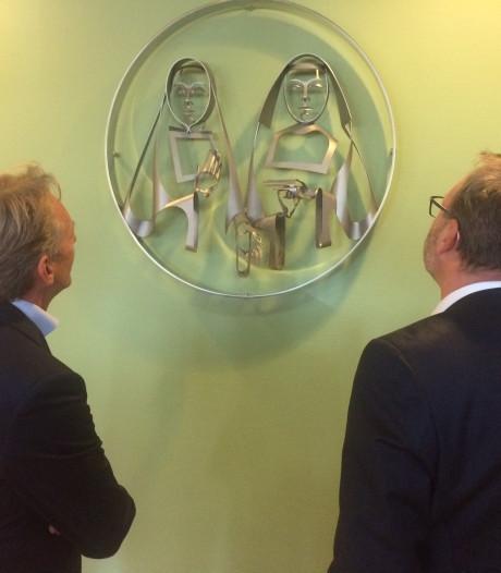 Ziekenhuis Bernhoven eert grondleggers met kunstwerk
