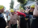 Zwemmers gestart met 200 kilometer lange tocht