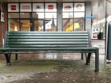 Geen regenboog-zebrapad, wel regenboogbankjes voor Etten-Leur