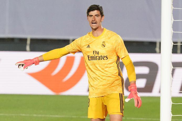 Courtois in het shirt van Real Madrid