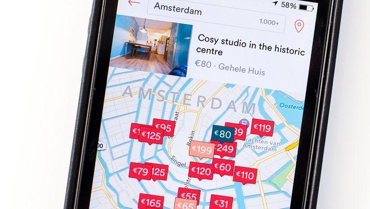 De mobiele applicatie van de verhuurdienst Airbnb. Beeld anp