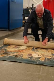 Evert Meijs vond twee wandtapijten op zolder Were Di College in Valkenswaard: 'Erfgoed van de bovenste plank'