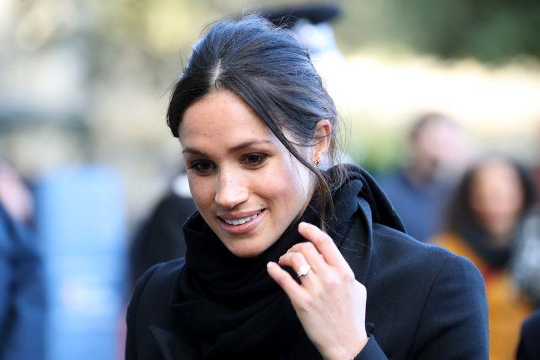 Meghan Markle met haar verlovingsring.