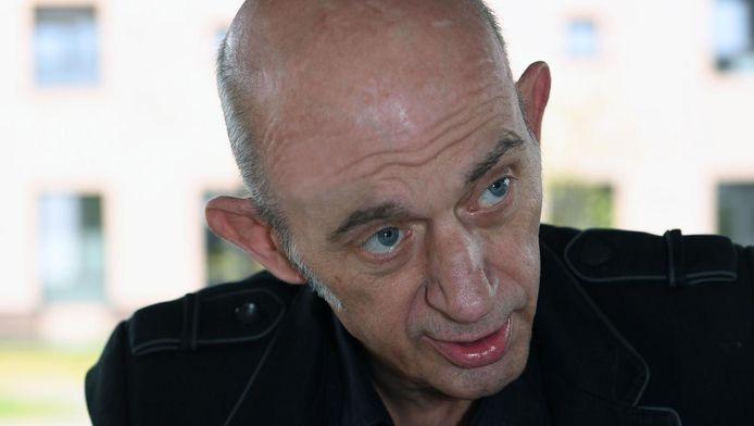 Peter Van Sant, amper 58 jaar jong, wacht nu op de dood in woonzorgcentrum Remy.