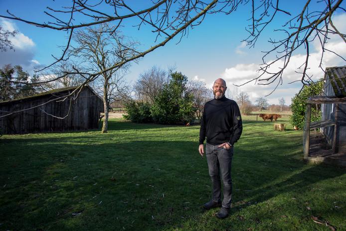 Uitbater Jalbert Kuijper van recreatiebedrijf Love Bubbles mag uitbreiden van de gemeente Lochem, maar stuit op verzet van omwonenden. De bewoners van de nabijgelegen Lageweg zijn naar de Raad van State gestapt.