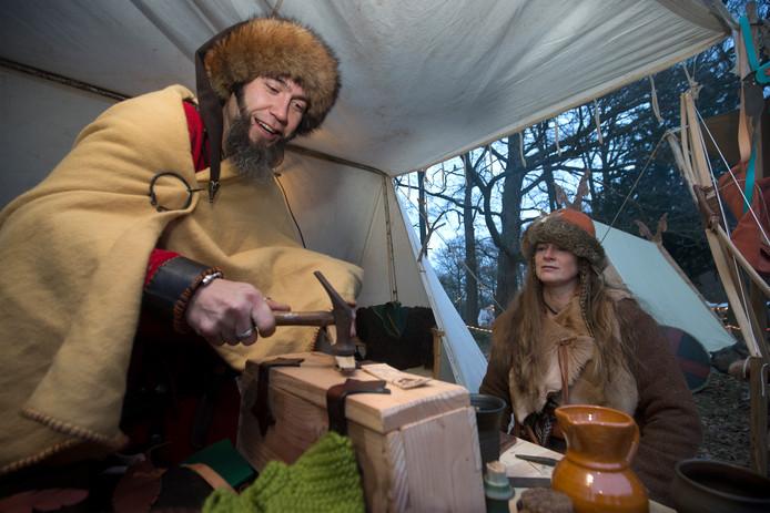 Oude ambachten op de kerstfair bij Halsaf in Babberich. Foto's Theo Kock