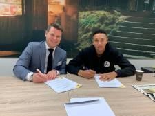 NAC houdt Siereveld uit handen van PSV en legt verdediger voor 2,5 jaar vast