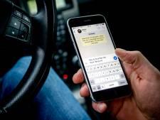 17 processen-verbaal voor mobiel achter het stuur