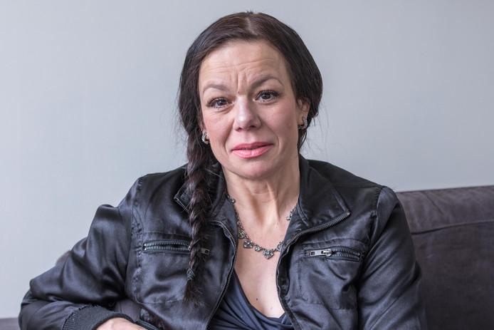 Anne Marie van Veen uit Zwolle was een van de eersten die aangifte deed tegen de Tabaksindustrie.