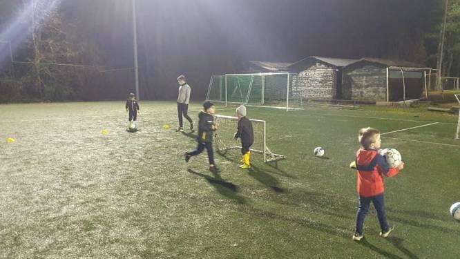 Jeugdwerking Lokeren-Temse start voetbalschool op Daknam