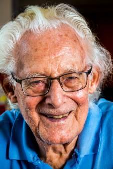 Briefschrijver Jan Hoek huilde tranen met tuiten na oproep aan laconieke jeugd: 'Het zit me zó dwars'