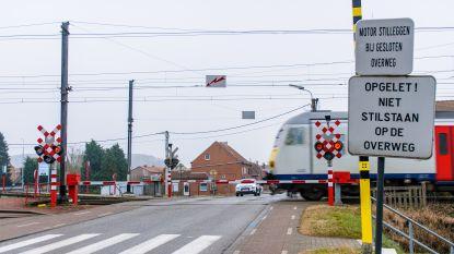 Spooroverweg Wezemaal anderhalve week gesloten voor werken