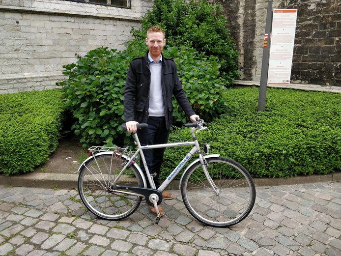 De jarige Steven (31) vond vandaag zijn gestolen fiets terug.